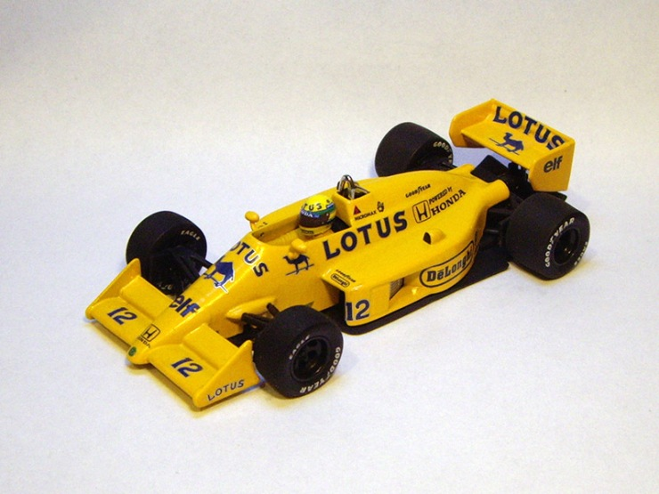 Lotus 99T by Minichamps